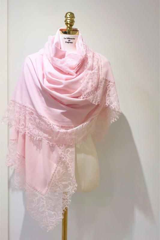 Lace Scarf  (248,000 -> 198,000)